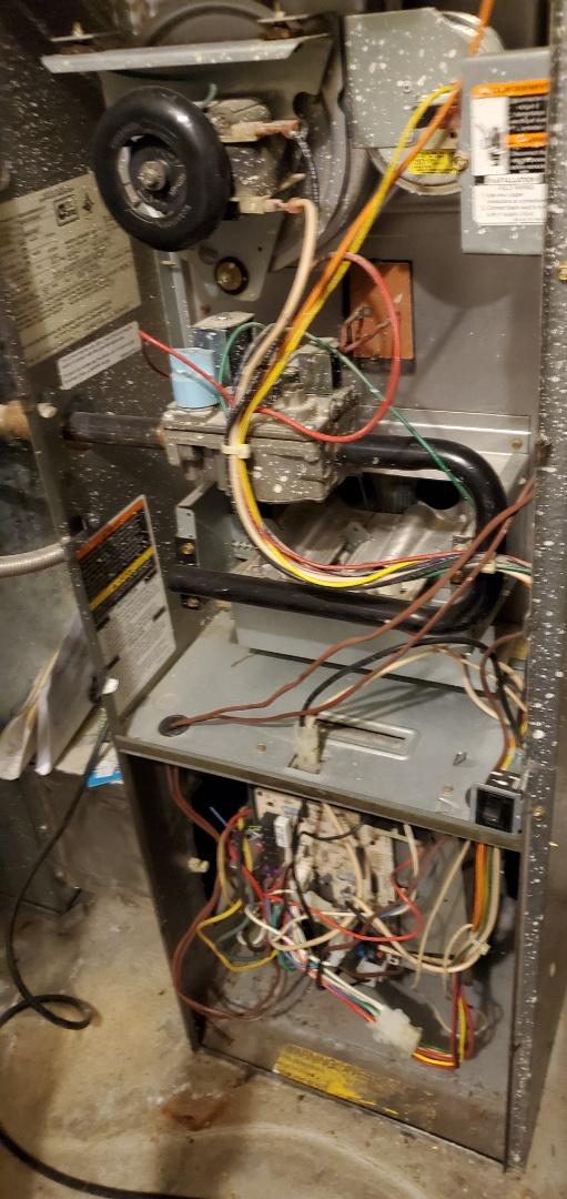 Kirkland, WA - Servicing a Bryant furnace for a great customer in Kirkland