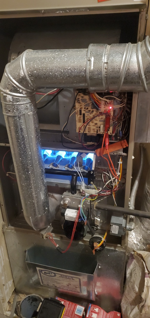 Snohomish, WA - Performing a diagnostic on a Bryant furnace for a great customer in Snohomish