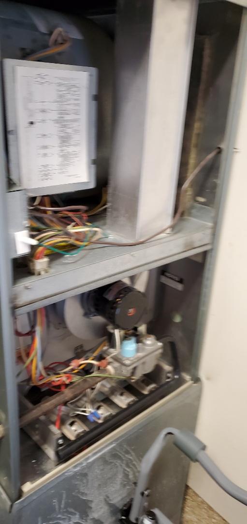 Edmonds, WA - Servicing a Rheem furnace for a great customer in Edmonds