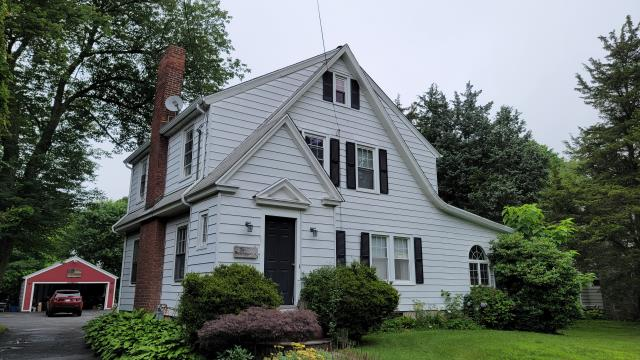 Trumbull, CT - New job in Trumbull! This home will be getting a brand-new Certainteed Landmark Pro asphalt single roof. The homeowners are excited to replace the old, worn roof with a new one by Burr.