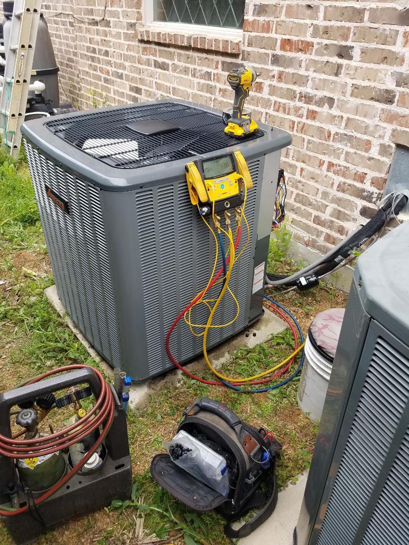 Installation AMANA TRANE Airconditioning