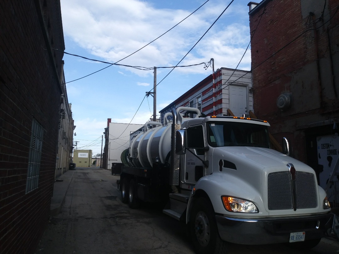 Rochelle, IL - Pump and clean inside grease trap