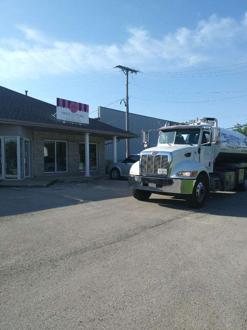 Winnebago, IL - Pump and clean inside grease trap