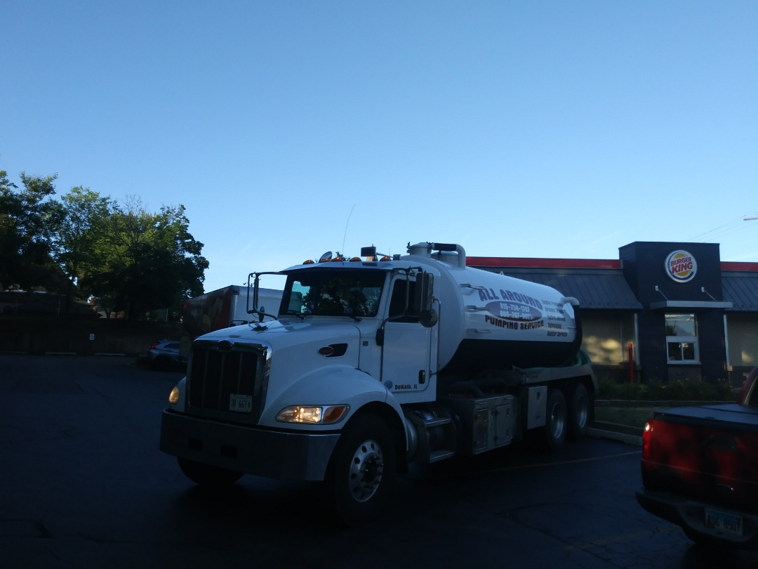 Elgin, IL - Pump and clean outside grease trap