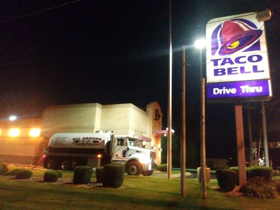 Belvidere, IL - Pump and clean outside grease trap