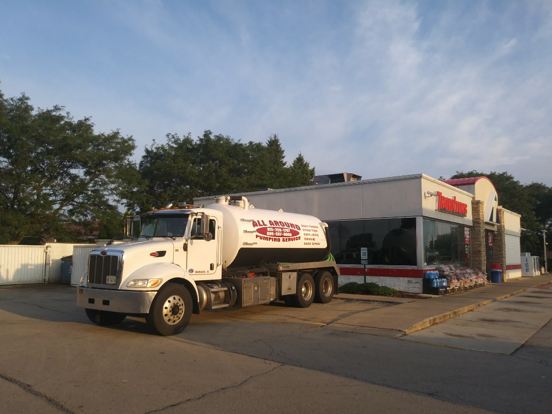 Plainfield, IL - Pump and clean inside grease trap