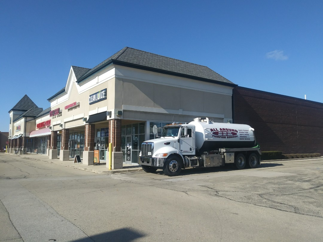 Naperville, IL - Pump and clean inside grease trap