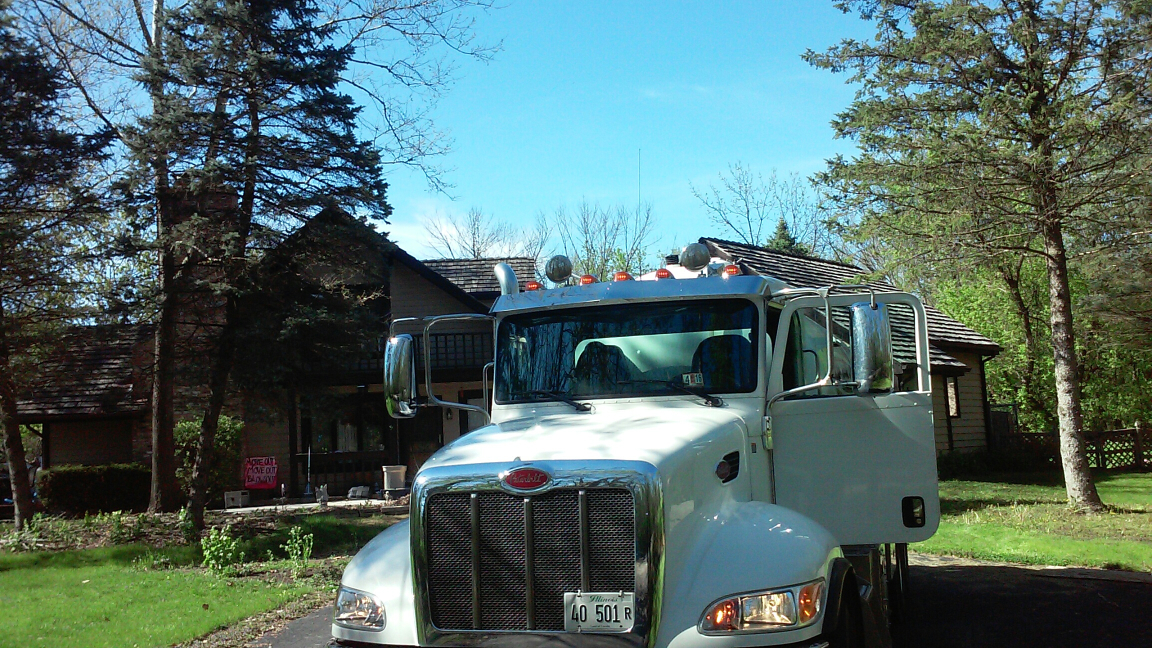 West Chicago, IL - Pump and clean septic tank