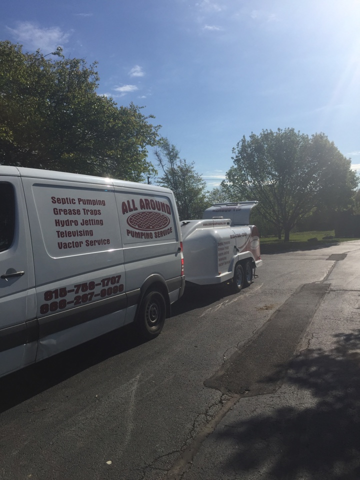 Plainfield, IL - Jetting grease lines