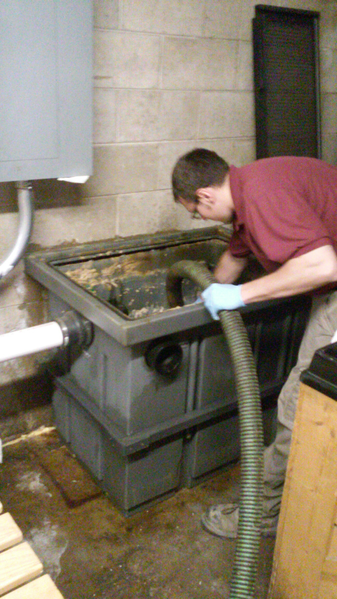 Spring Valley, IL - Cleaning grease trap