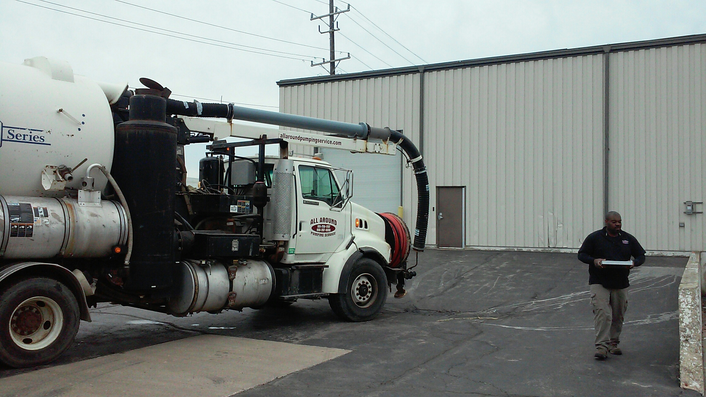 Batavia, IL - Cleaning and jetting storm basins with vactor