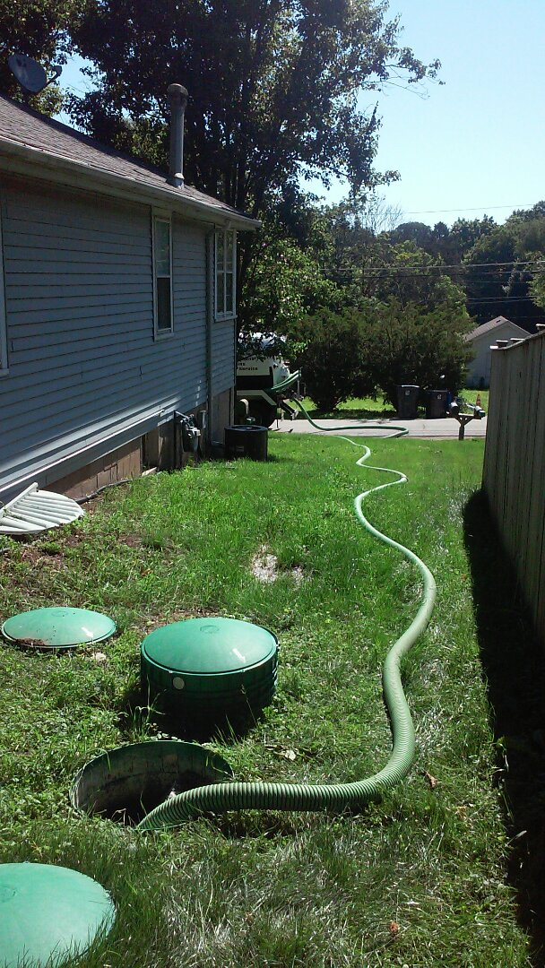 Saint Charles, IL - Pumping septic system for repairs needing done
