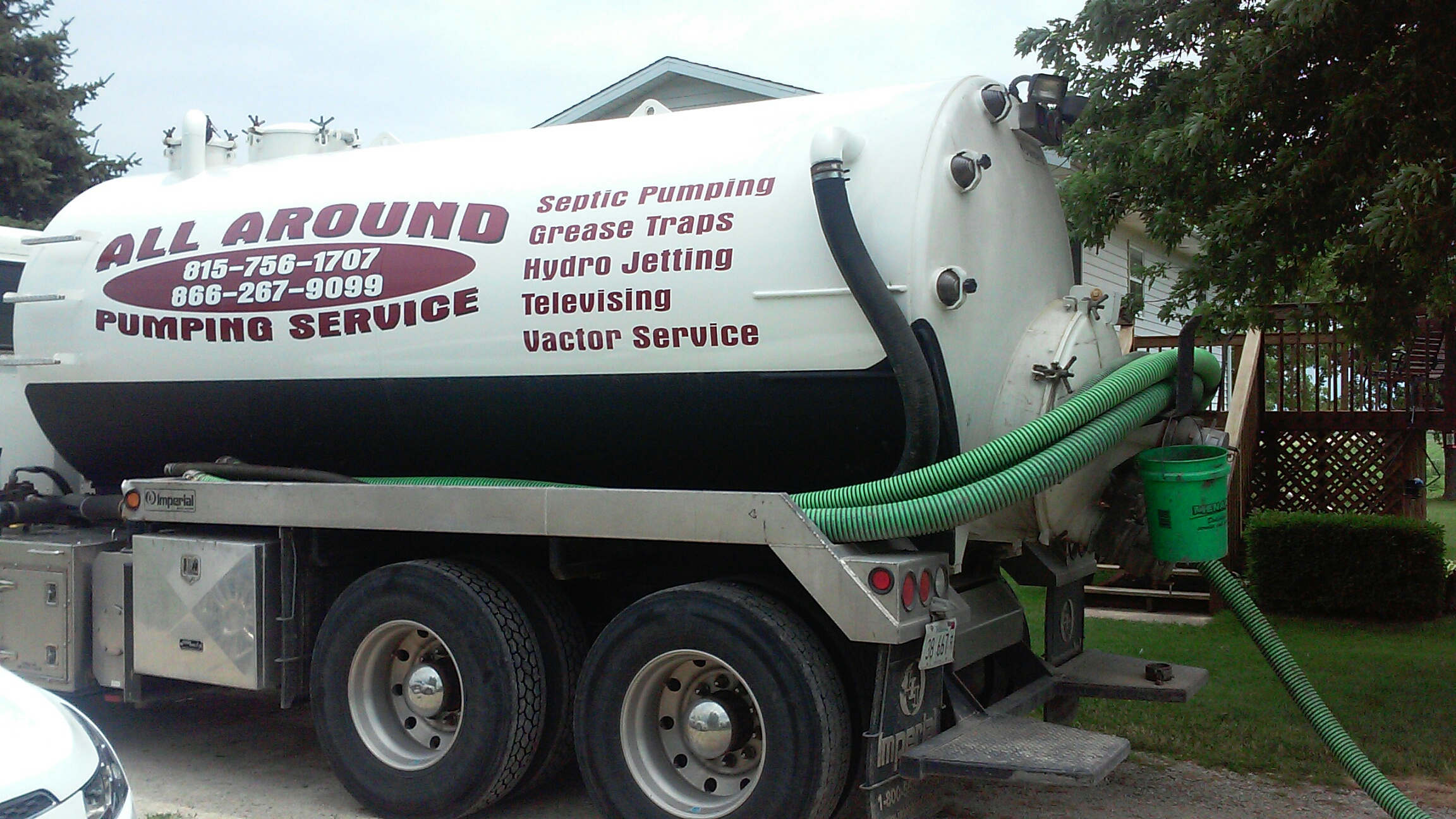 Somonauk, IL - Pumping septic tank