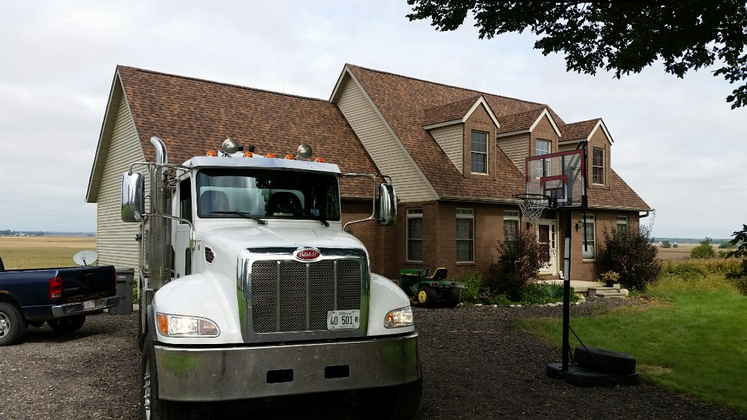 St. Charles, IL - Pump and clean septic tank