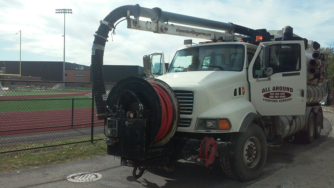 Melrose Park, IL - Vactor jetting sewer lines
