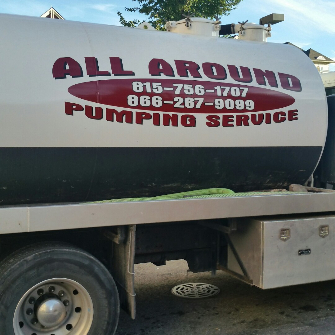 Geneva, IL - Pumping outside grease trap