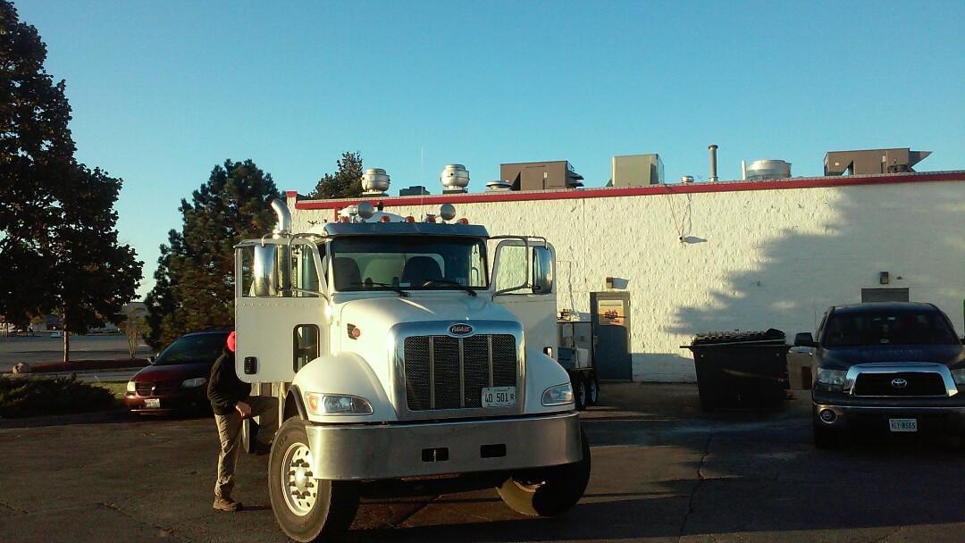 DeKalb, IL - Pumping grease trap