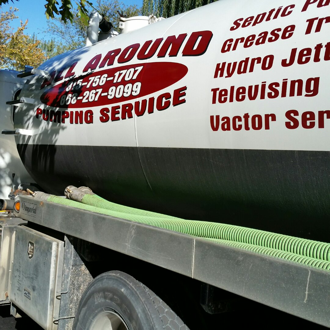 St. Charles, IL - Pumping septic tank