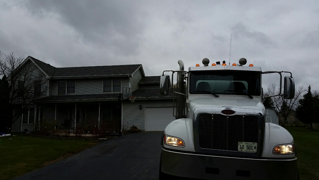 Homer Glen, IL - Pump and clean septic units