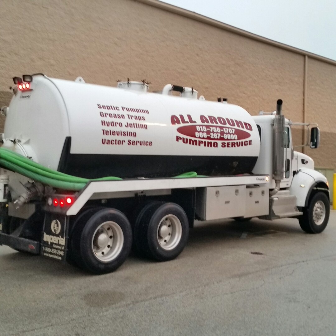 Northlake, IL - Pumping outside grease trap