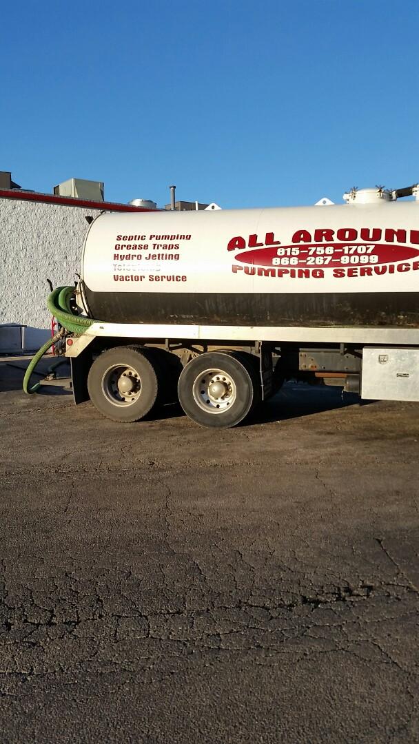 DeKalb, IL - Pumping outside grease trap