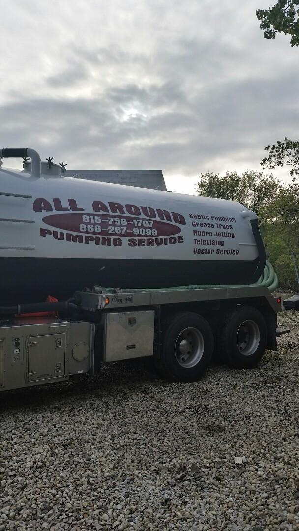 Northbrook, IL - Pumping septic tank