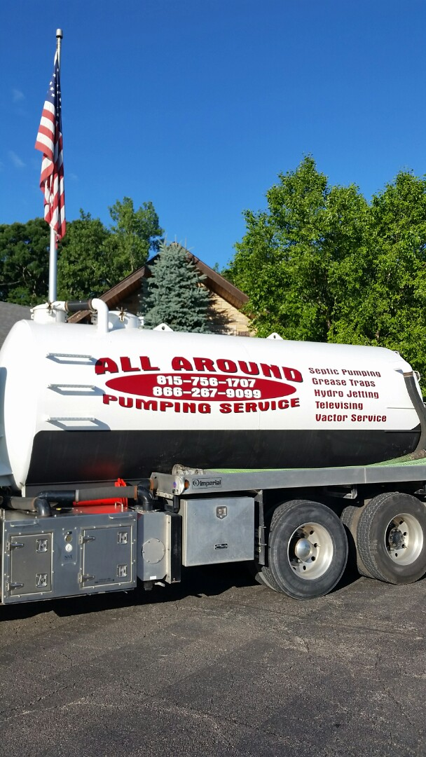 St. Charles, IL - Pumping outside grease trap