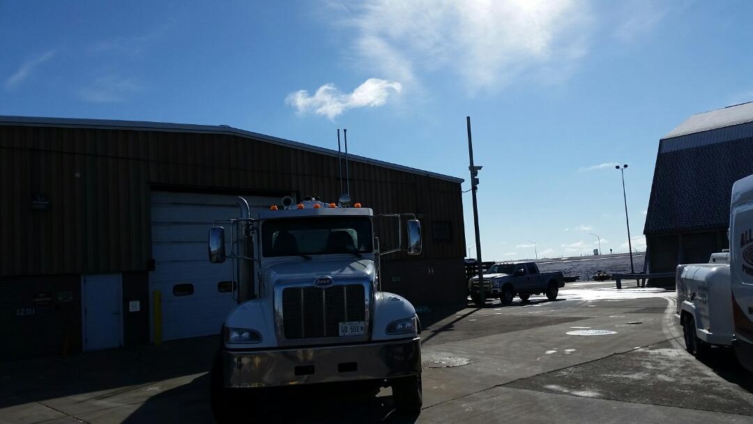Dixon, IL - Pump and clean catch basins