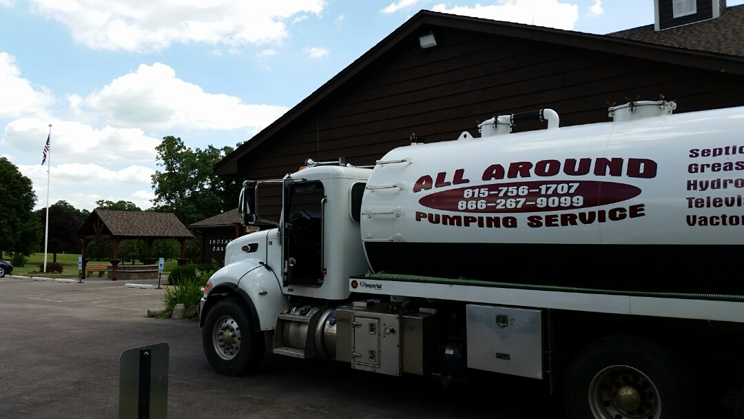 Shabbona, IL - Pump and clean septic tank