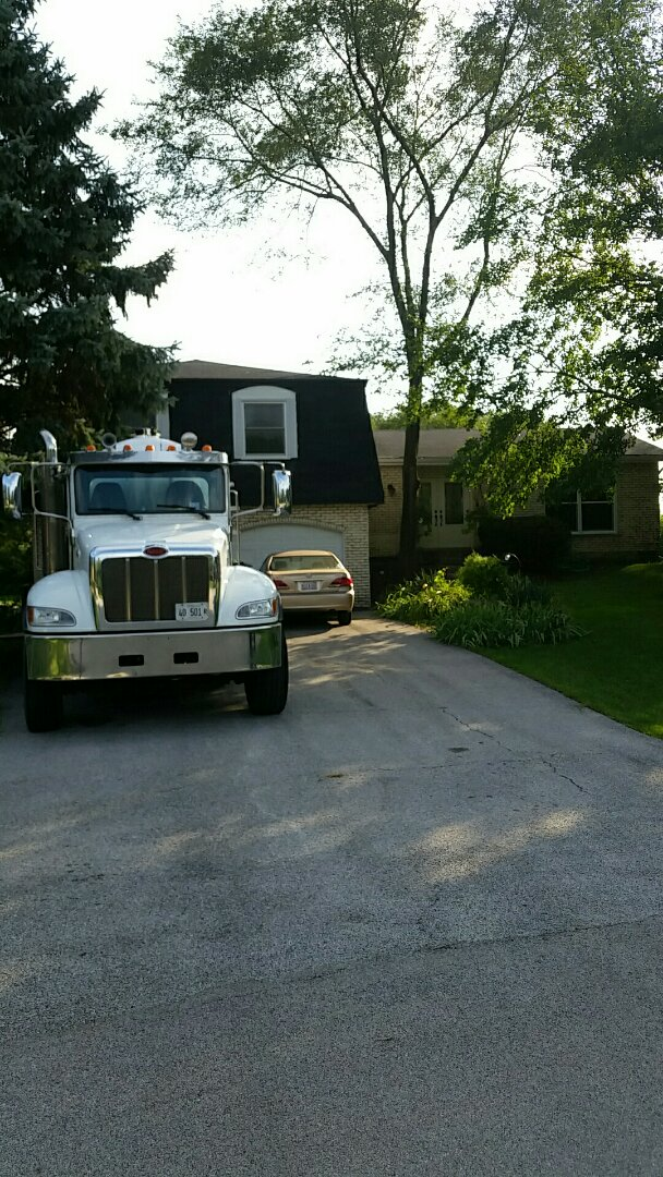 Naperville, IL - Pump and clean septic tank jett from tank to house