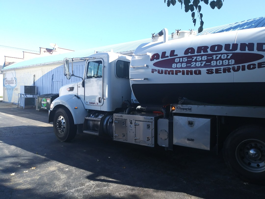 Belvidere, IL - Pump and clean inside grease traps