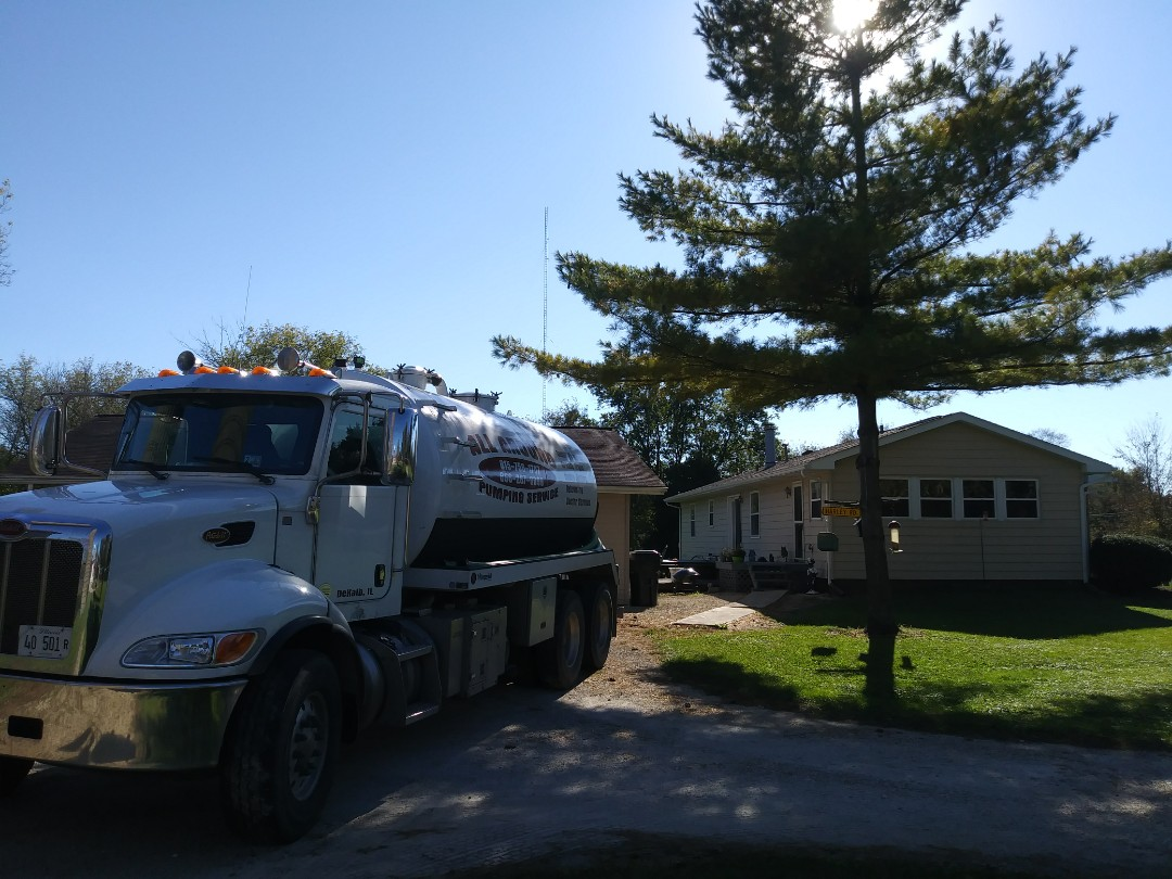 Sycamore, IL - Cleaned and pumped septic tank