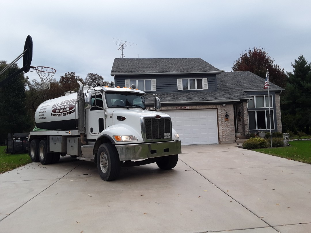 Big Rock, IL - Pump and clean septic tank