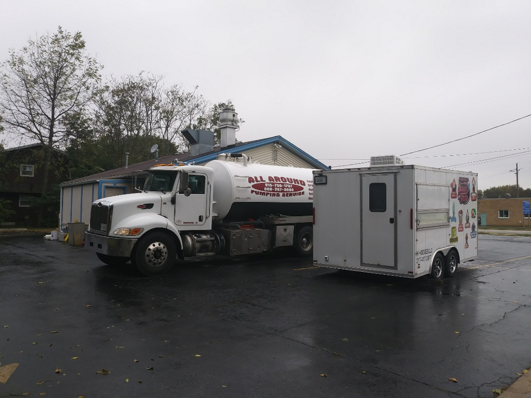 Plano, IL - Pump and clean outside grease trap