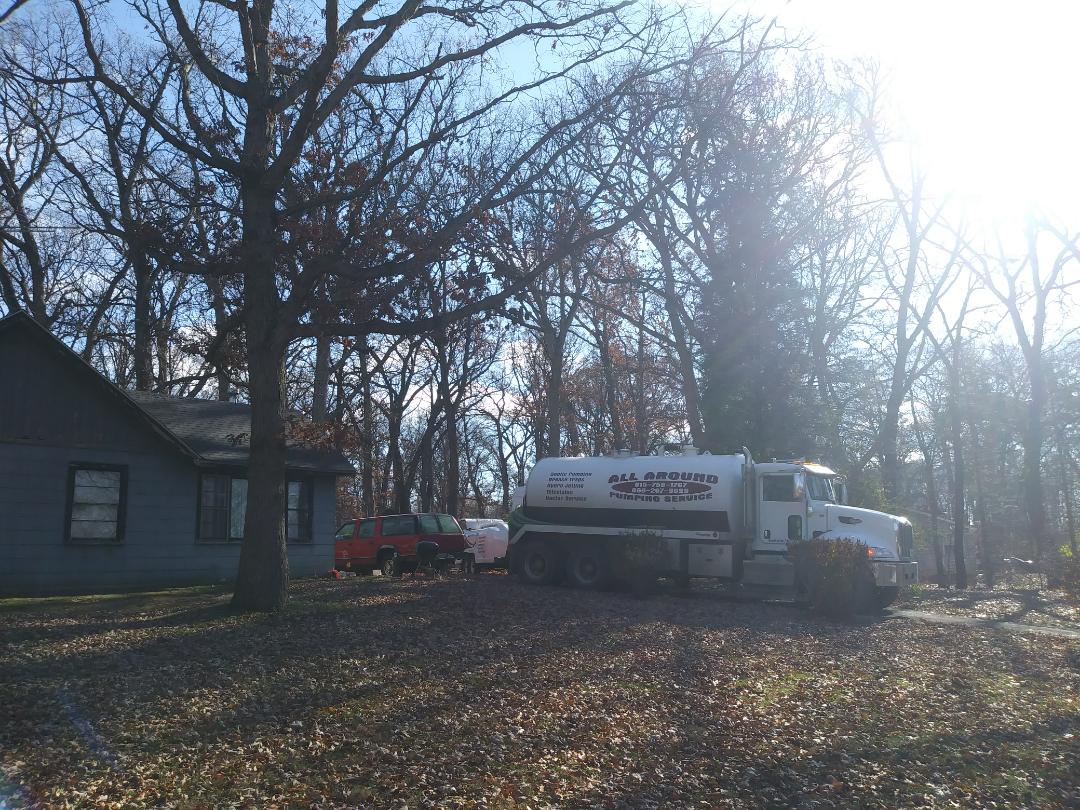 Elburn, IL - Pump septic tank and Hydrojett outlet line