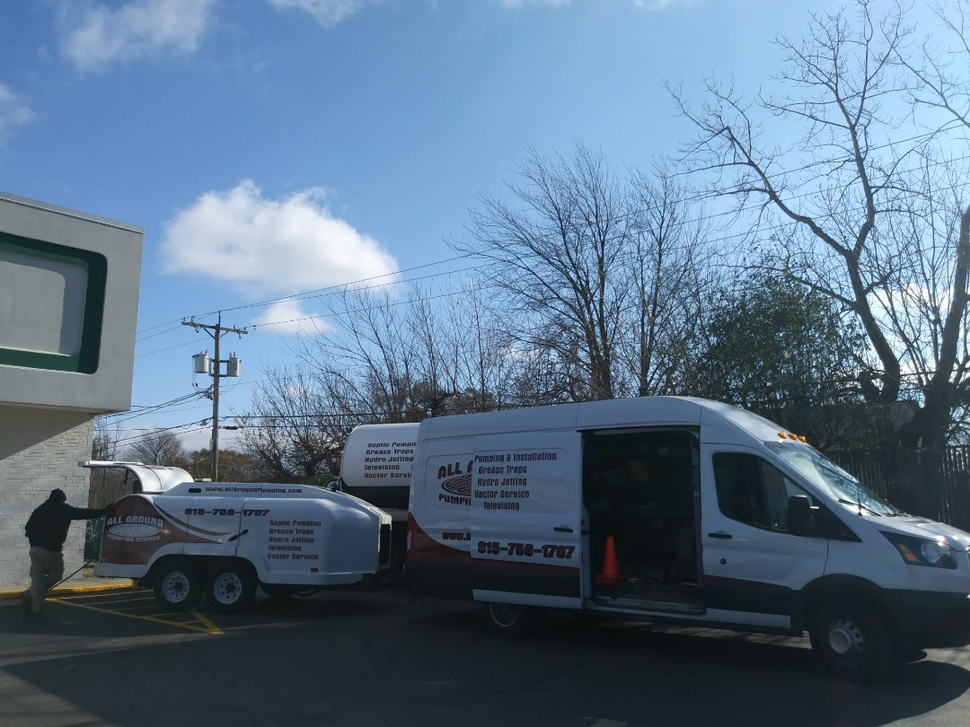 Waukegan, IL - Pump and clean outside grease trap