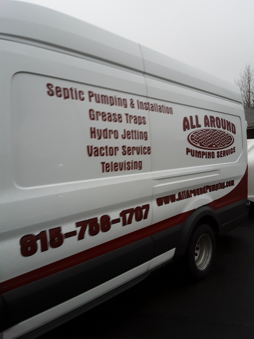 Batavia, IL - Jetting sewer line from septic tank to house