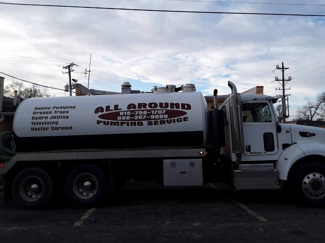 Aurora, IL - Pump and clean grease trap