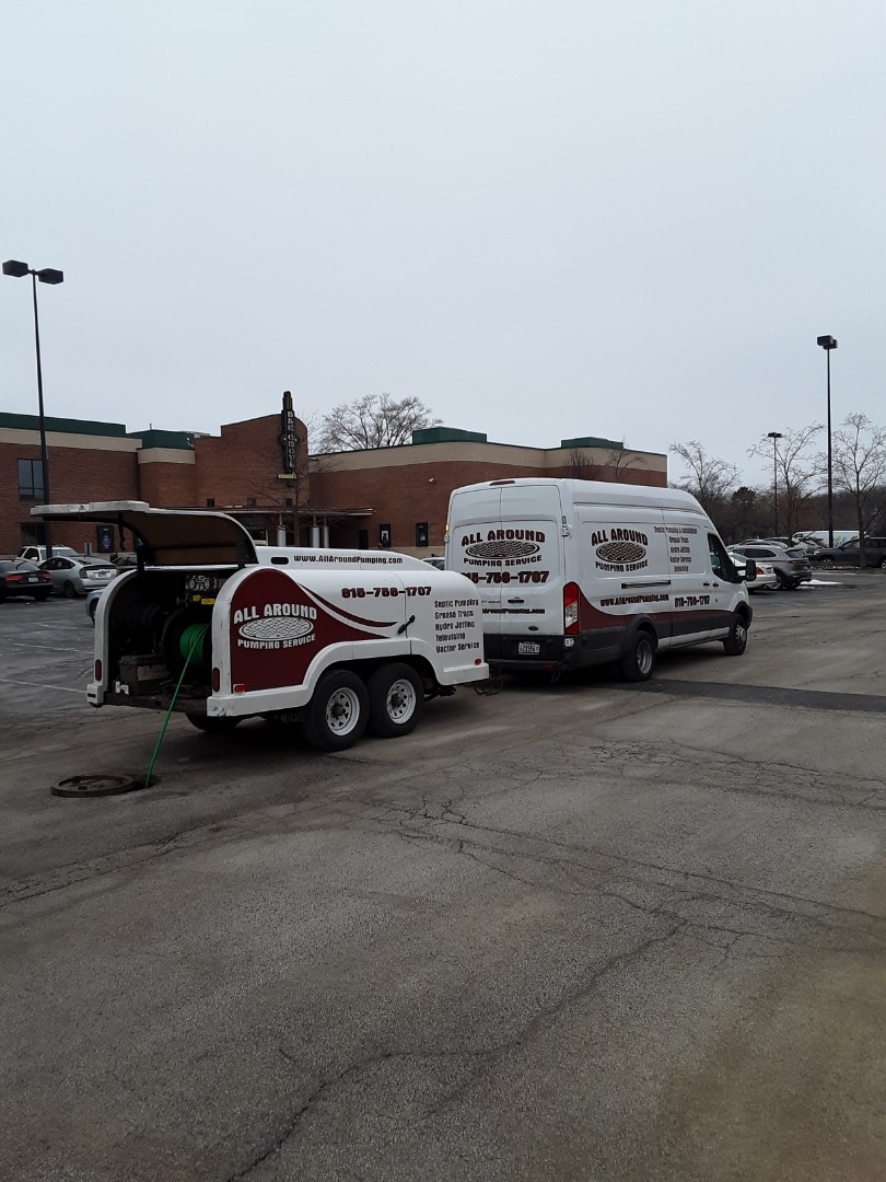 Elk Grove Village, IL - Jetting property main sewer lines