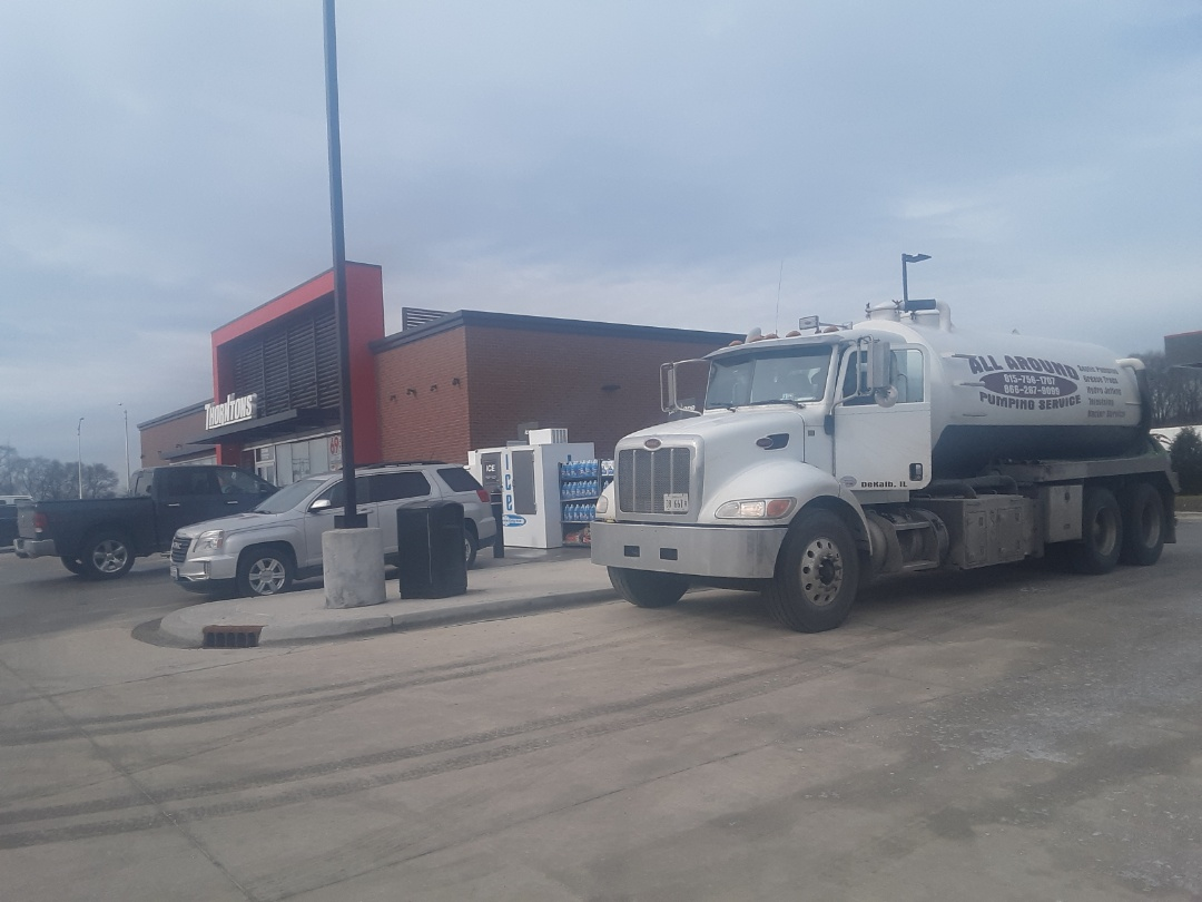 Channahon, IL - Pump and clean grease trap