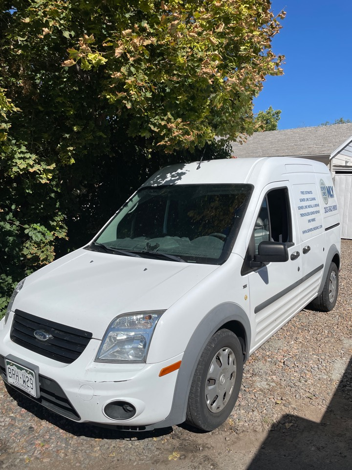Lakewood, CO - Sewer Lines Only is on site today to perform a main line sewer cleaning for the property! Sewer Lines Only has years of experience unclogging and replacing secondary and main sewer lines all over Denver!