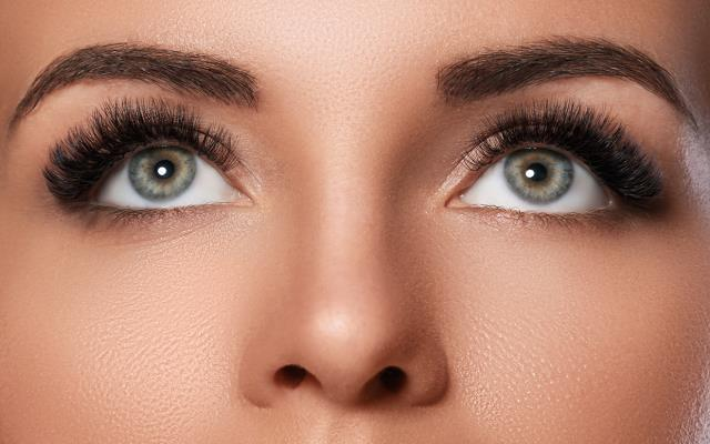 Greenland, NH - 6D microblading is the latest trend in semi-permanent makeup. The technique uses a small needle to create hair like strokes to mimic real hair.  Check Our Services Here: https://milliondollarbrows.com/our-services/