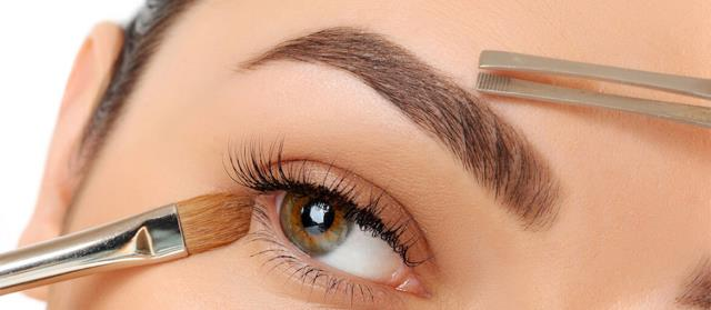 Fremont, NH - Generally, lash enhancement is an excellent way to darken your lash line without making the appearance of a full eyeliner.  Check This Out : https://milliondollarbrows.com/