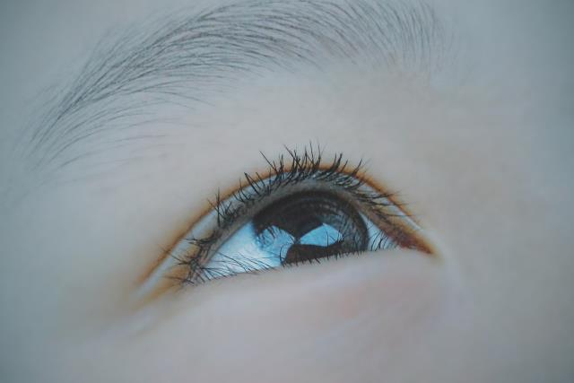 If you are someone with smaller eyes, lash lift can make them look much larger.