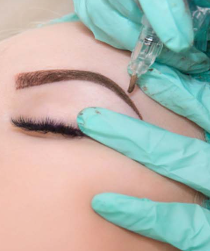 You can save a lot of time from your busy daily routine when you opt for semi-permanent eyebrow makeup.