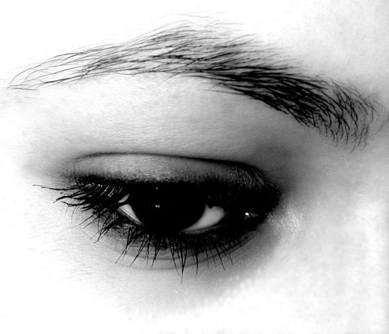 Post Aftercare for Permanent Eyeliner - Sleep on a clean satin pillowcase.