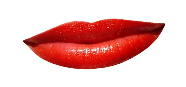 Lips Aftercare: Avoid fruits and foods that are citrus, greasy, salty or spicy until your lips are healed.