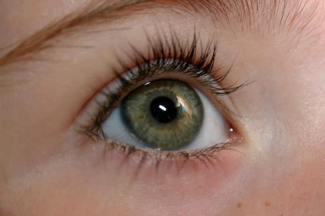 Eyelash extensions can boost your self-confidence.
