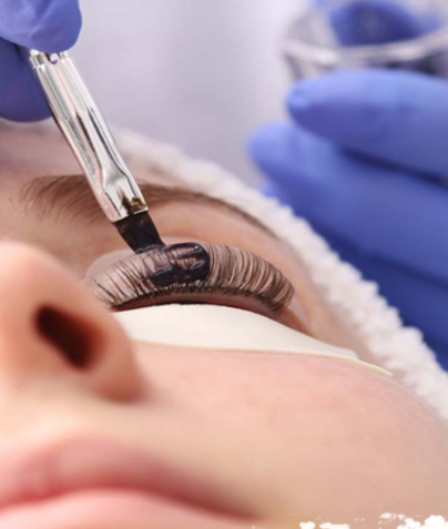 Eyelash Tinting is a process of applying a safe, semi-permanent dye to your eyelashes.