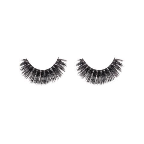 Derry, NH - Give your lashes a fuller look.